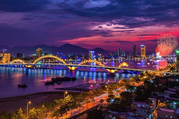 Thuê ô tô tự lái Đà Nẵng