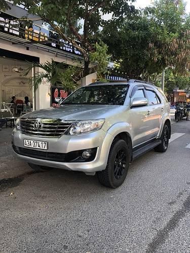 Thuê xe Fortuner 7 chỗ tự lái Đà Nẵng