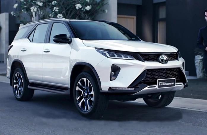 Toyota Fortuner 2021 nâng cấp